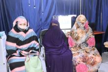 سيدات من سكان الحي خلال تصريحاتهم للأخبار