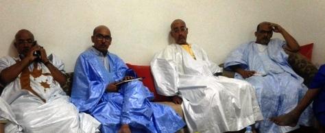 جانب من لقاء قادة الحراك الليلة البارحة مع الصحفيين والمدونين في نواذيبو