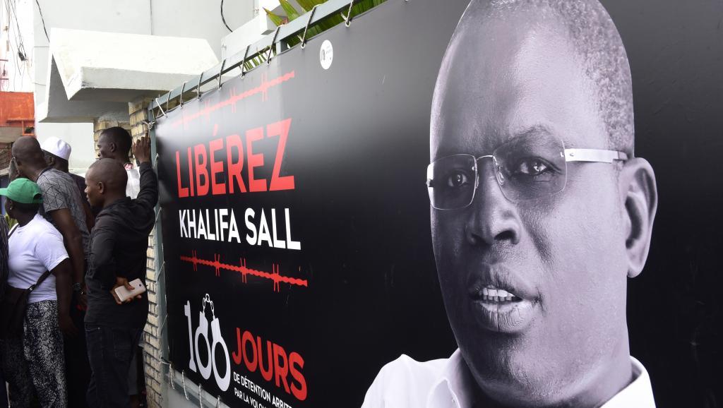 الخليفة صال عمدة مدينة داكار المعتقل