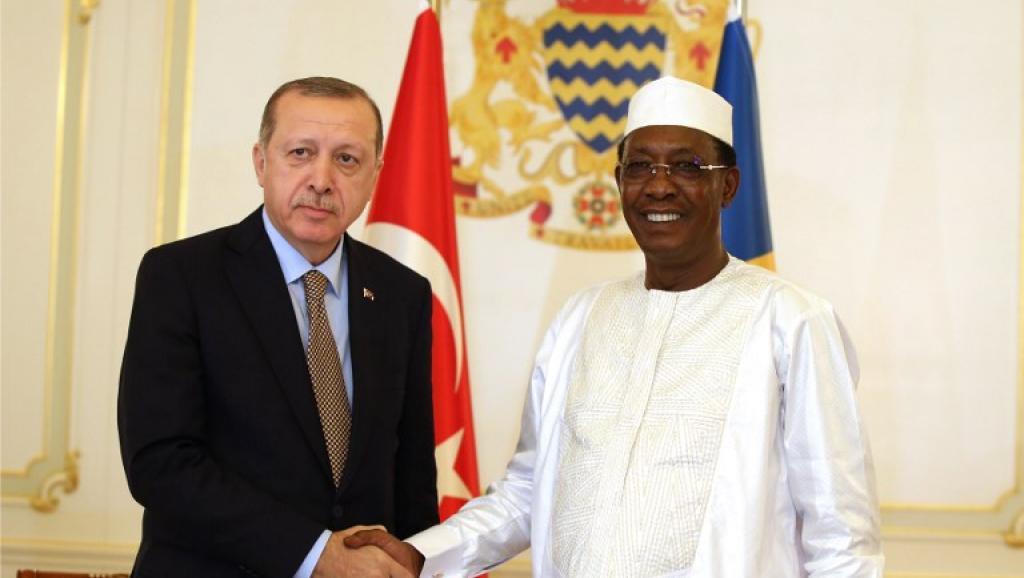 الرئيسان اتشادي إدريس ديبي والتركي رجب طيب أوردوغان.