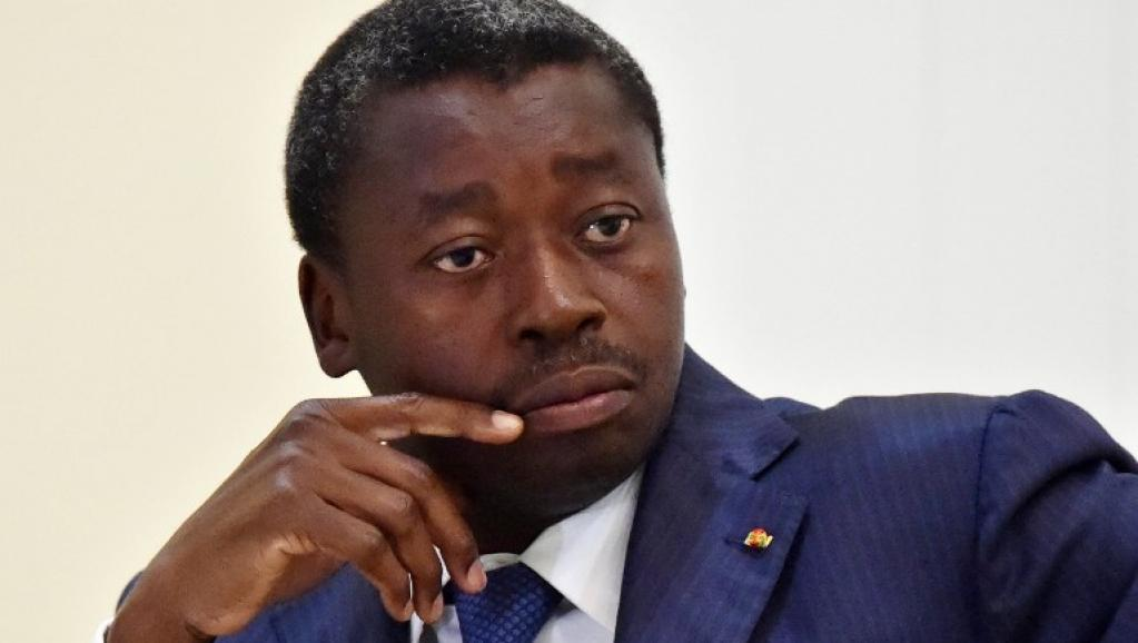 افور نياسينغبي: الرئيس التوغولي.