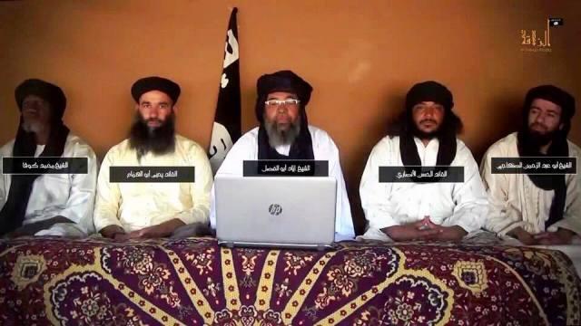 """قادة جماعة """"نصرة الإسلام والمسلمين"""" خلال الإعلان عن الجماعة بداية مارس الماضي"""