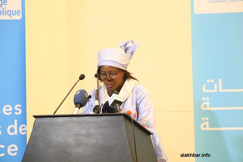 وزيرة الشؤون الاجتماعية والطفولة والأسرة نن كان خلال خطابها اليوم في الحفل المقام في قصر المؤتمرات بنواكشوط (الأخبار)
