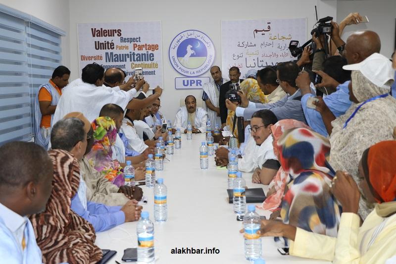 ولد عبد العزيز يترأس الاجتماع المغلق للجنة تسيير حزب الاتحاد من أجل الجمهورية الليلة (الأخبار)