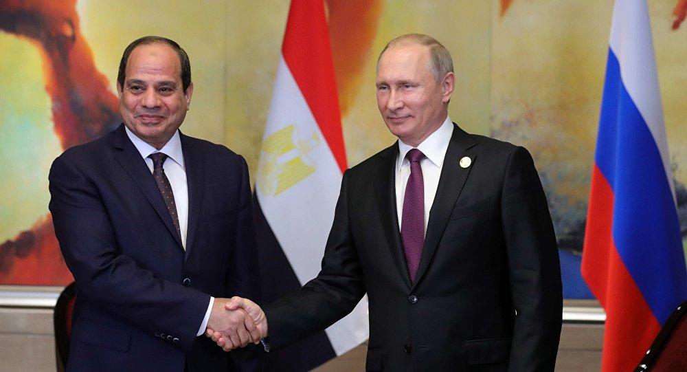 الرئيس الروسي فلادمير بوتين ورئيس الاتحاد الإفريقي عبد الفتاح السيسي