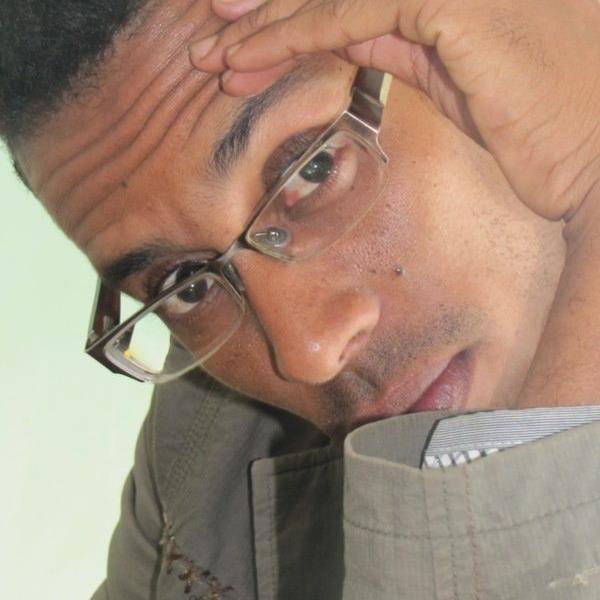 محمد ولد إدومو ـ كاتب صحفي ومسرحي