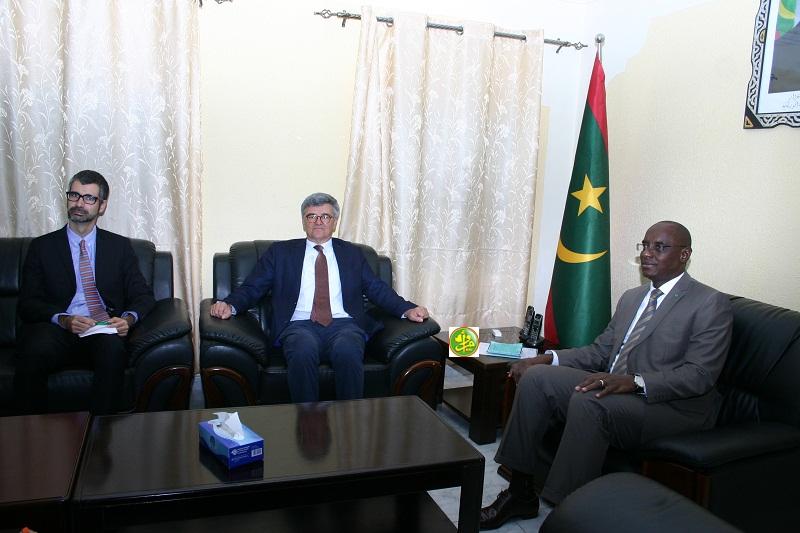 وزير التعليم الأساسي وإصلاح التهذيب الوطني آداما بوكار سوكو خلال لقائه مع الرئيس ولد الغزواني