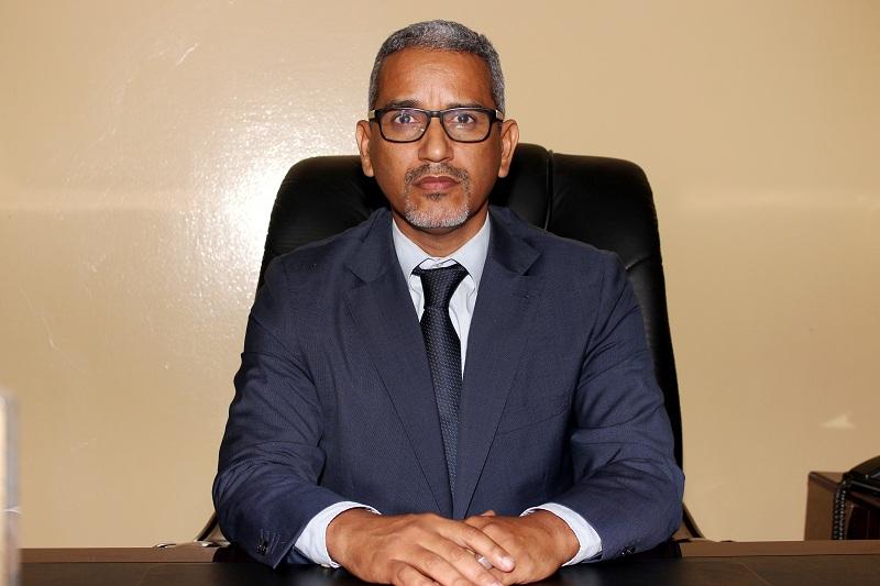 مفوض حقوق الإنسان والعمل الإنساني والعلاقات مع المجتمع المدني حسنه ولد بوخريص (وما)