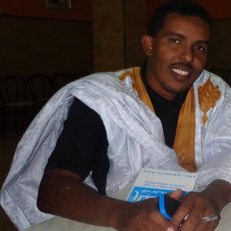 سيد أحمد ولد بابا: كاتب وصحفي موريتاني