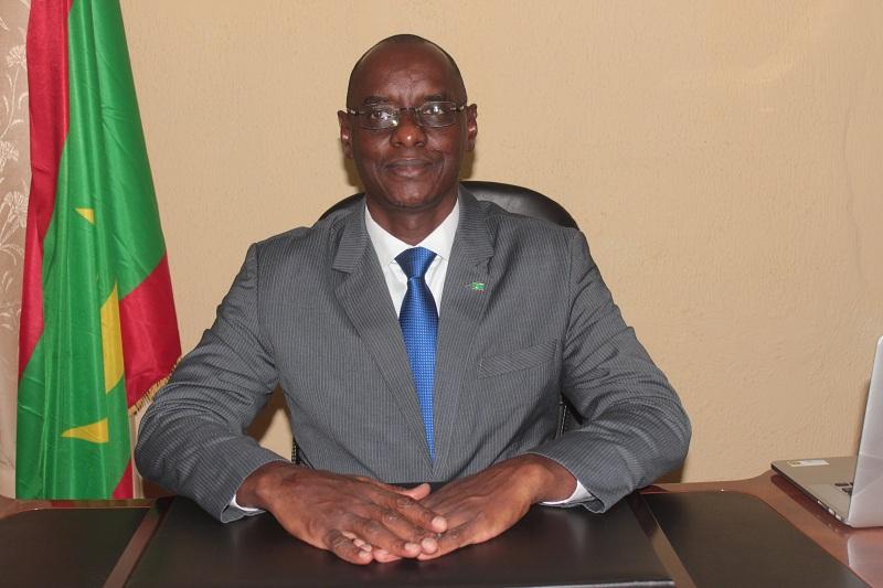 وزير التعليم الأساسي وإصلاح التهذيب الوطني آداما بوكار سوكو (وما)