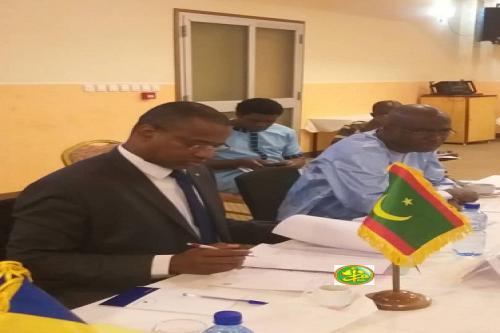 وزير الثقافة والصناعة التقليدية سيدي محمد ولد الغابر خلال مشاركته في المؤتمر (وما)
