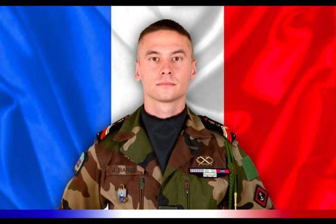 جوليان بارب: الجندي الفرنسي الذي قتل جنوب شرقي مدينة غاو المالية.