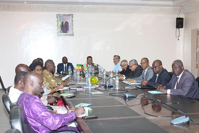 جلسة المباحثات بين موريتانيا والسنغال حول إجراءات تفعيل ابروتوكول الصيد الموقع يوليو الماضي (وما)