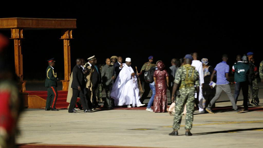 الرئيس السابق يحيى جامي قبيل مغادرته غامبيا إلى غينيا الإستوائية.