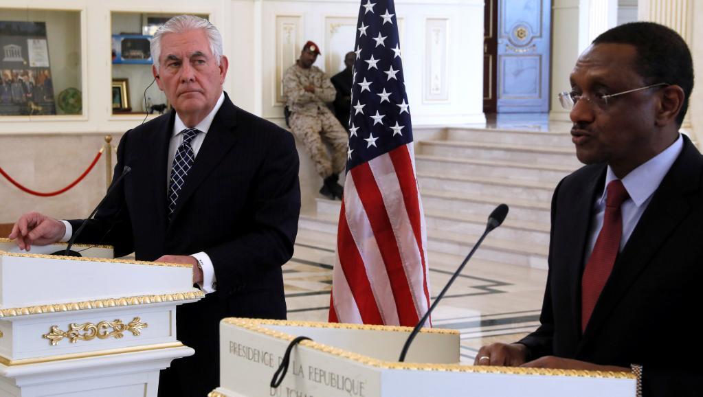 وزير الشؤون الخارجية ريكس تيليرسون، ووزير الخارجية اتشادي شريف محمد زيني.