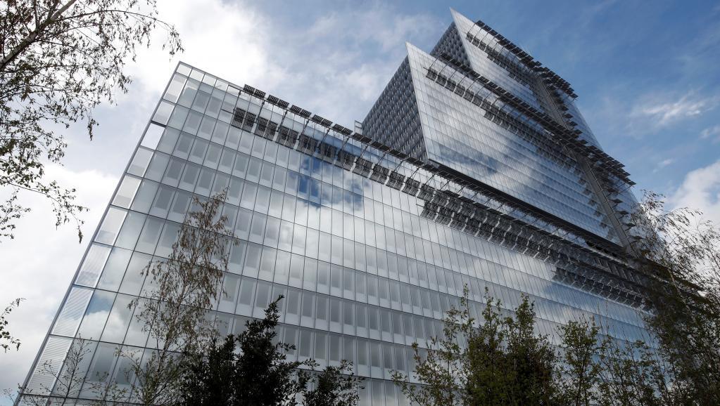 مبنى قصر العدل الجديد بباريس.