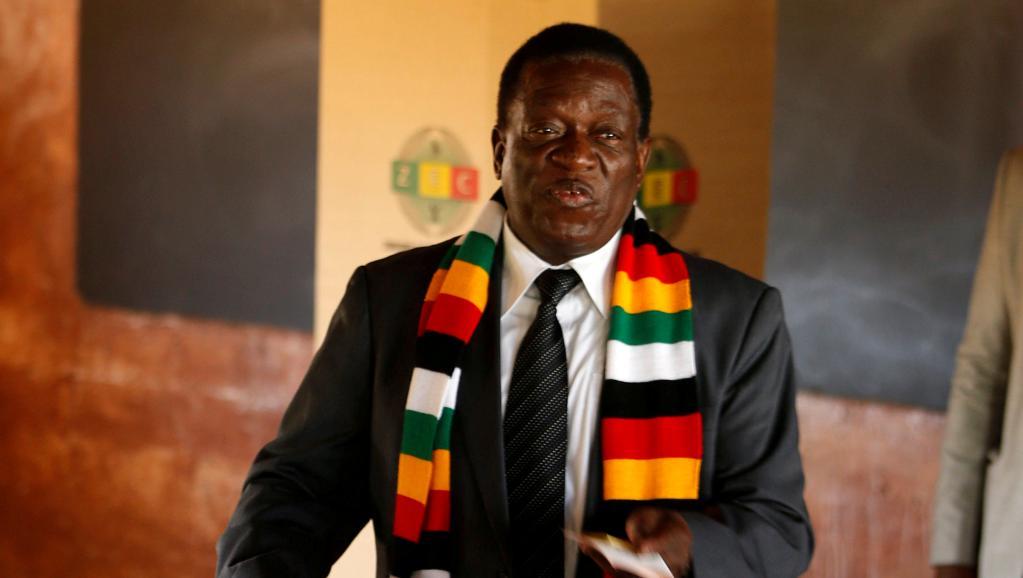إميرسون منانغاغوا الرئيس الزيمبابوي.