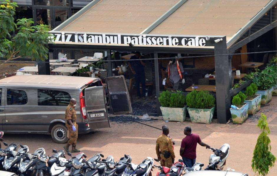 """مقهى ومطعم """"عزيز اسطنبول"""" الذي تعرض للهجوم بالعاصمة واغادوغو."""