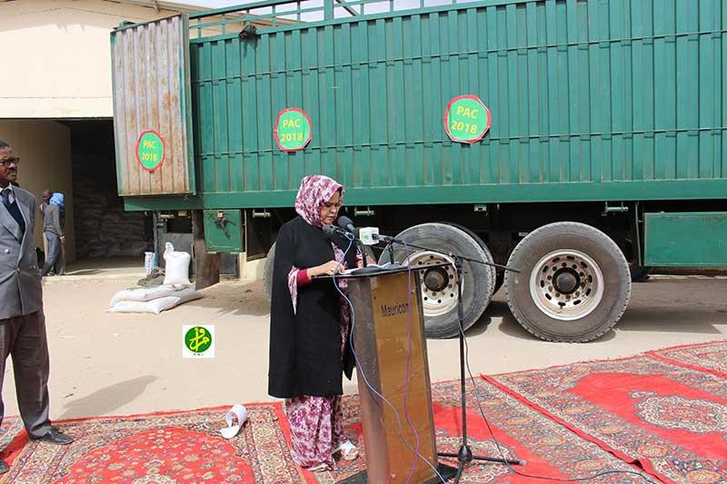 مفوضة الأمن الغذائي بموريتانيا نجوى منت الكتاب خلال إعلانها انطلاقة البرنامج يوم 28 ديسمبر المنصرم (وما)