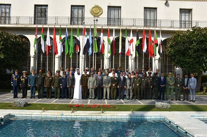 المشاركون في الدورة المنظمة في مقر الجامعة العربية بالقاهرة