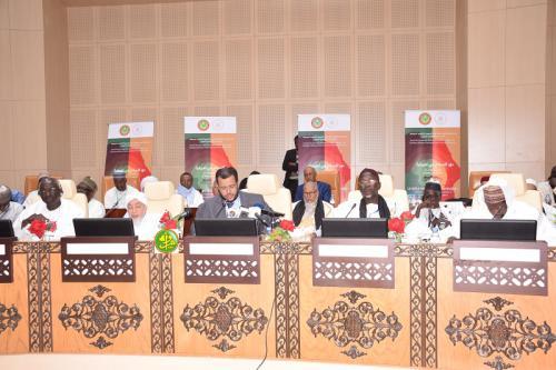 وزير الشؤون الإسلامية الداه سيدي أعمر طالب ترأس حفل اختتام المؤتمر بنواكشوط (وما)