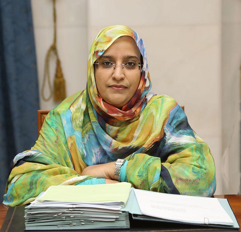 وزيرة التهذيب مكبولة بنت برديد
