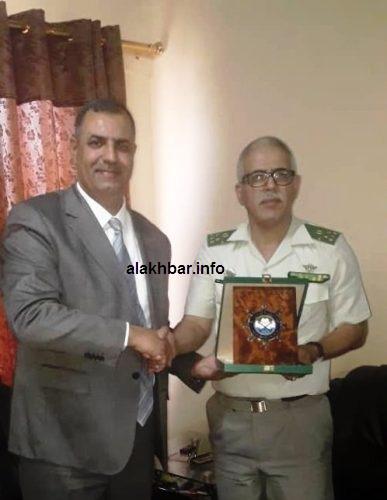 قائد الأكاديمية البحرية مع مدير المعهد العالي للعلوم البحرية بالمغرب/ الأخبار