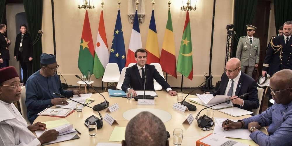 """قادة الساحل والرئيس الفرنسي خلال قمة """"بو"""" بفرنسا"""