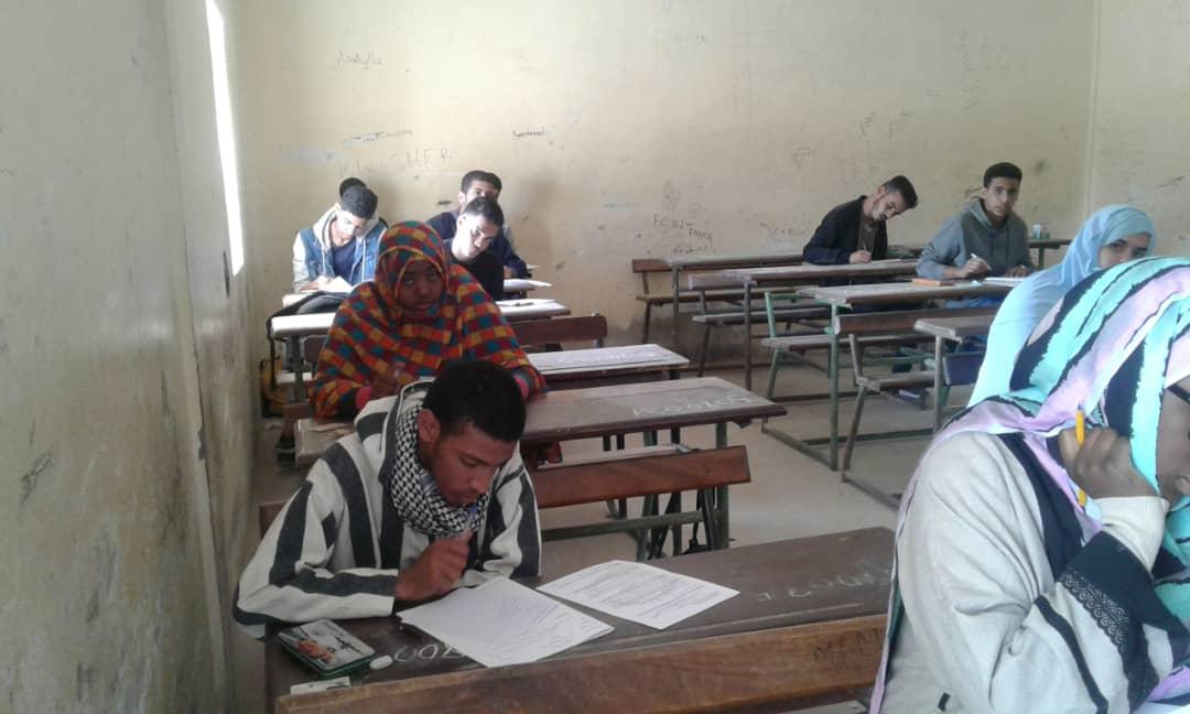 تلاميذ يشاركون في سباق الألومبياد صباح اليوم في نواذيبو