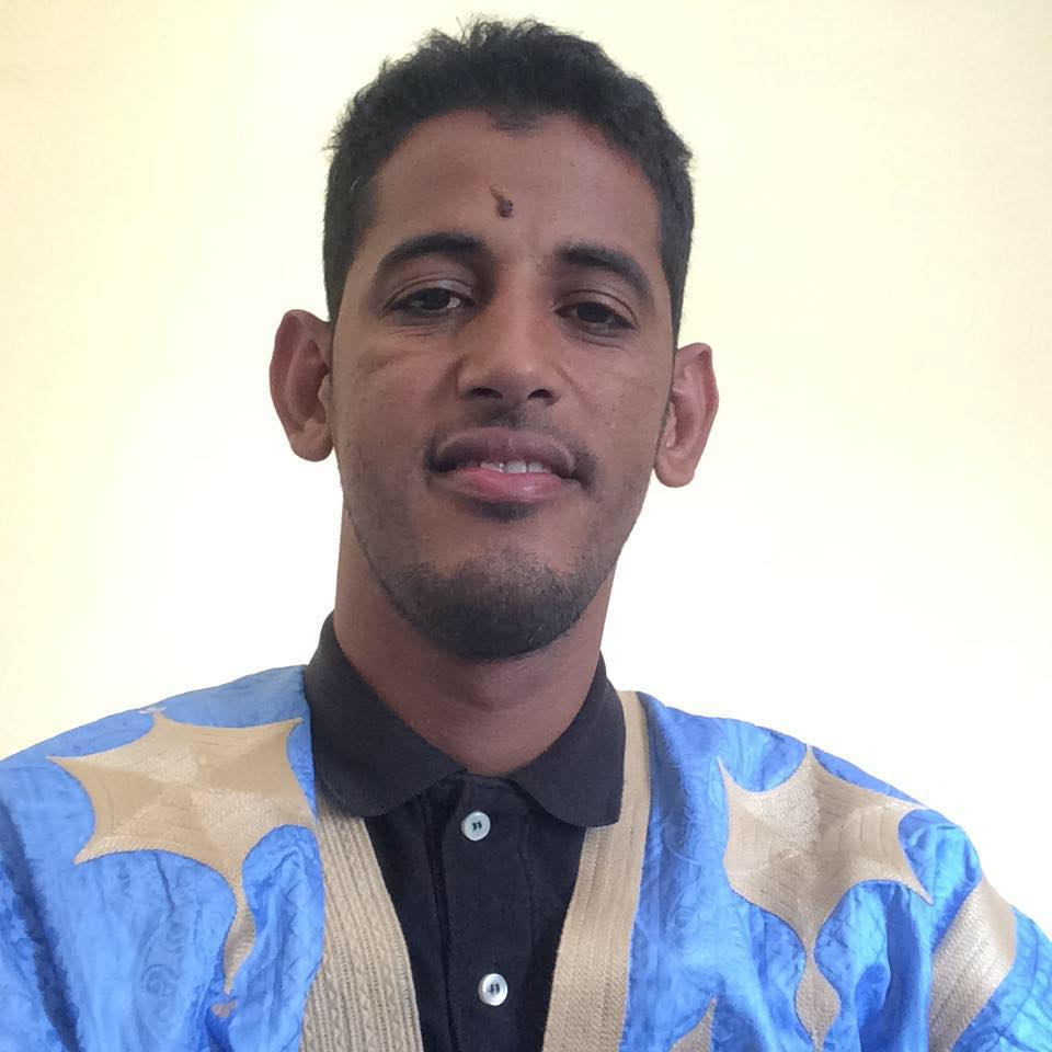 عبد الله ولد اخليفه - كاتب ومدون موريتاني