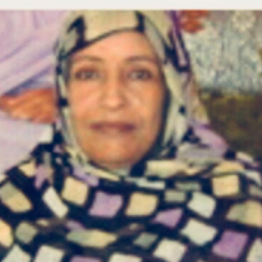 خديجة الشاه والدة المدون المفرج عنه محمد علي عبد العزيز (الصورة الشخصية على حسابها في فيسبوك)