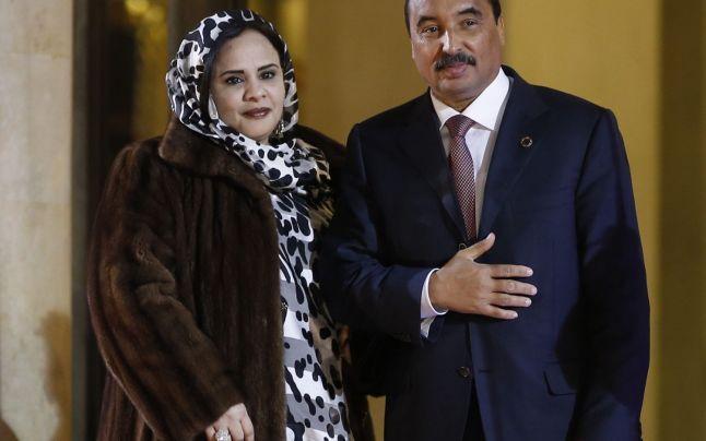 الرئيس الموريتاني محمد ولد عبد العزيز وزوجته تكيبر بنت أحمد
