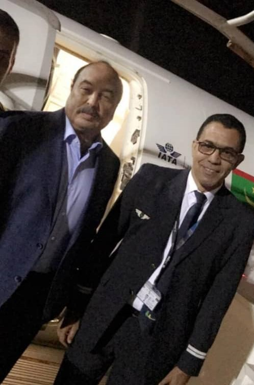 تم تداول صور لولد عبد العزيز عقب وصوله مطار نواكشوط كانت هذه الصورة إحداها