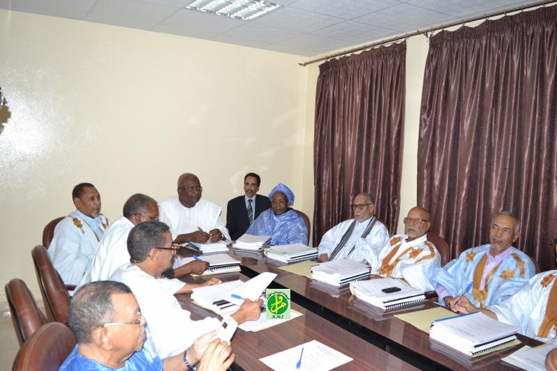 مؤتمر الرؤساء بمجلس الشيوخ خلال اجتماع سابق له (وما)