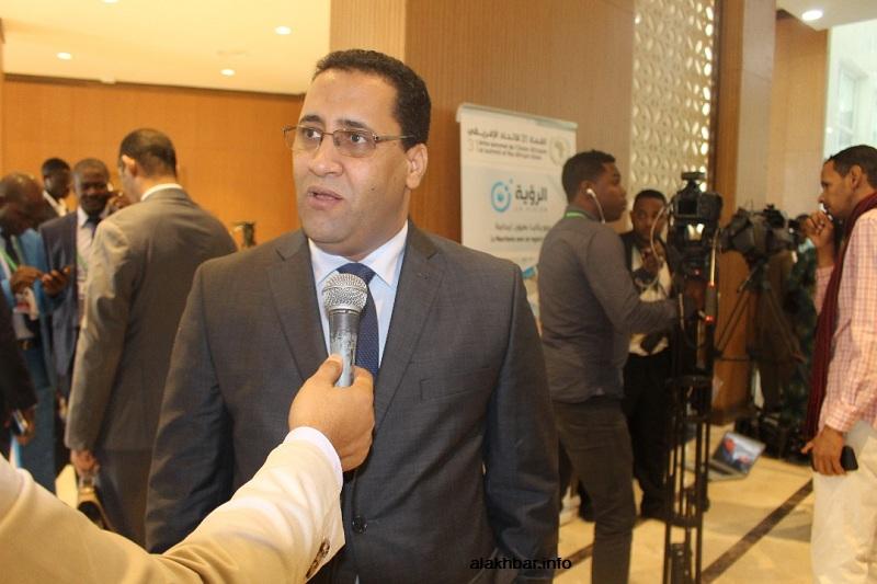 وزير الاقتصاد والمالية المختار ولد اجاي خلال تصريح سابق له (الأخبار - أرشيف)