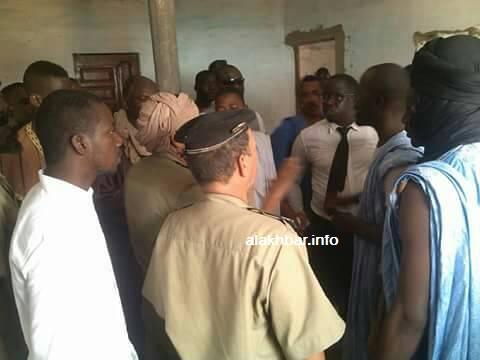 الشرطة خلال تفاوضها مع ولد اعبيدي وأنصاره في بوكي