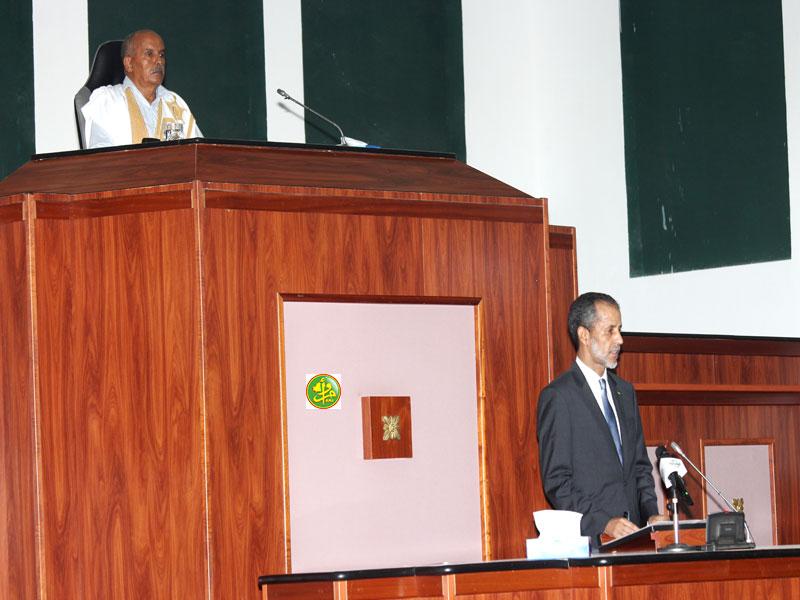 الوزير الأول إسماعيل ولد بده ولد الشيخ سيديا خلال استعراض برنامج حكومته أمام البرلمان بداية سبتمبر الماضي (وما)