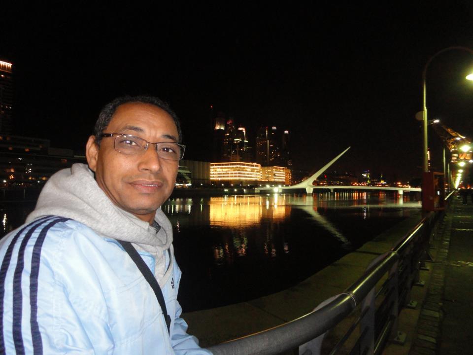 """الصحفي دداه عبد الله عمل بعدد من المؤسسات الإعلامية الدولية في مناطق مختلفة من العالم، ويدير حاليا مؤسسة """"أراك"""" للإنتاج الإعلامي"""