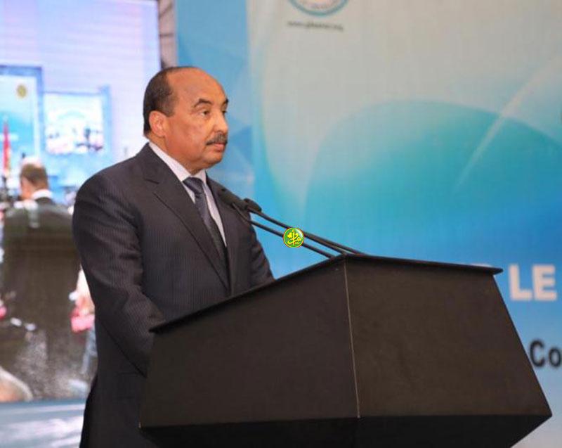 الرئيس الموريتاني محمد ولد عبد العزيز خلال خطابه في افتتاح مؤتمر المانحين بنواكشوط (وما)
