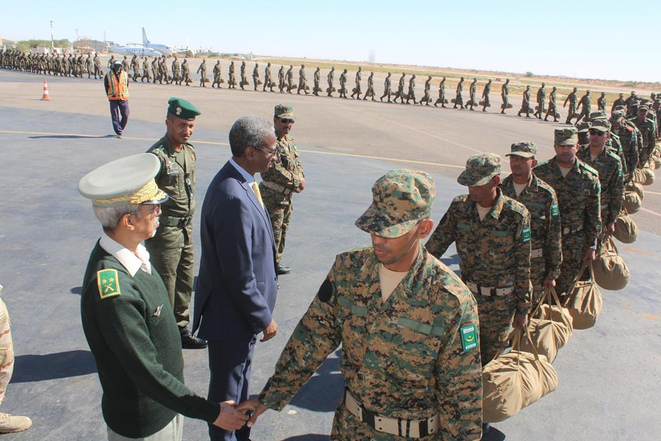 جنود موريتانيون خلال استعدادهم لمغادرة البلاد للعمل في بعثة أممية لحفظ السلام