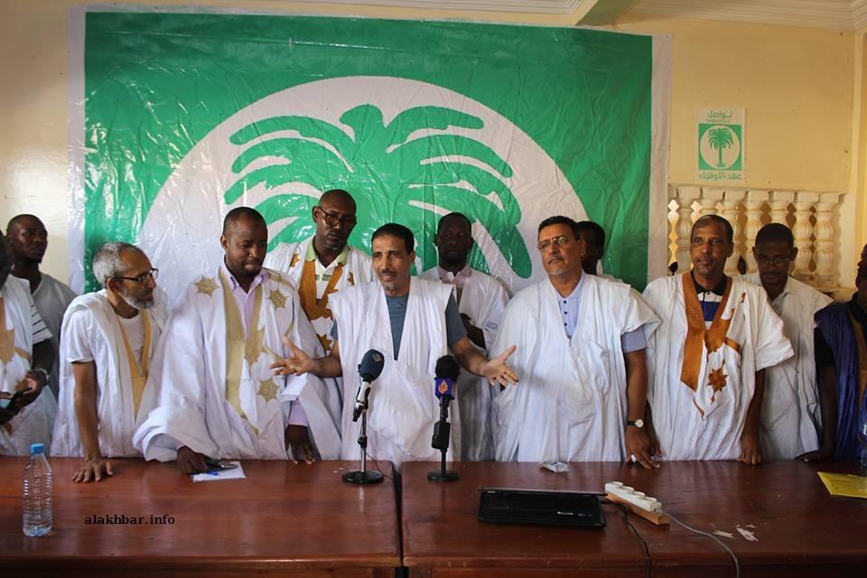 قادة المعارضة خلال حديثهم عن نتائج بلدية الميناء ظهر اليوم (الأخبار)