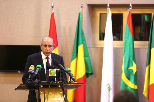 الرئيس الموريتاني محمد ولد الغزواني خلال خطابه في افتتاح الدورة (وما)