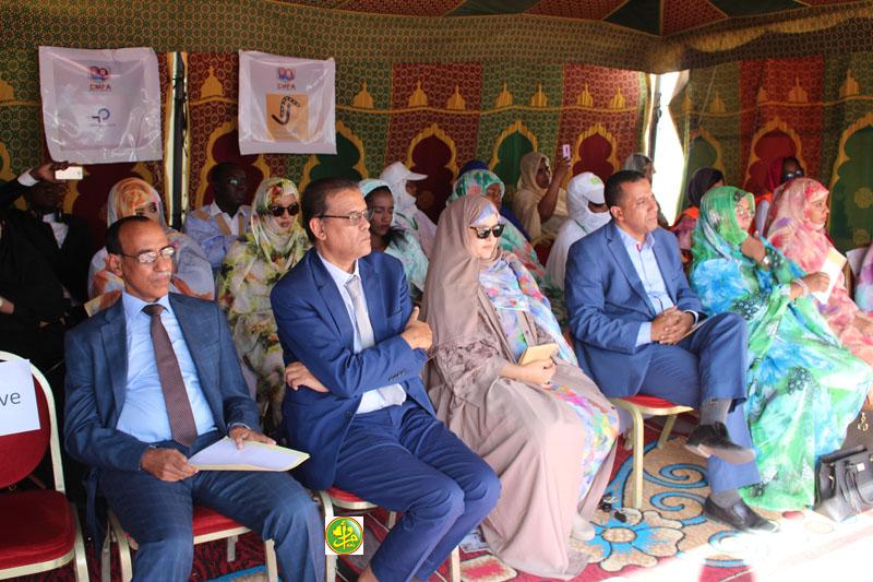 منصة افتتاح النسخة الثانية من معرض مجلس سيدات الأعمال بموريتانيا (وما)
