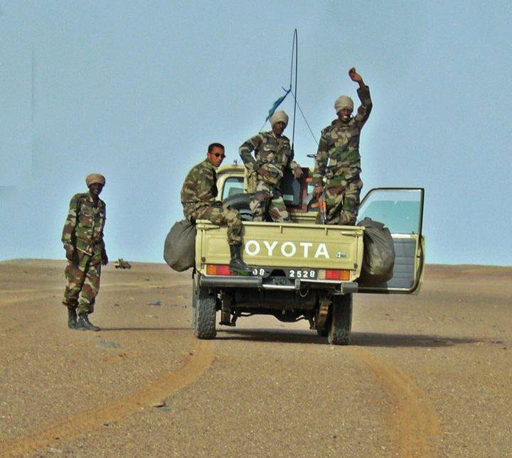 سيارة تابعة للجيش الموريتاني داخل البلاد