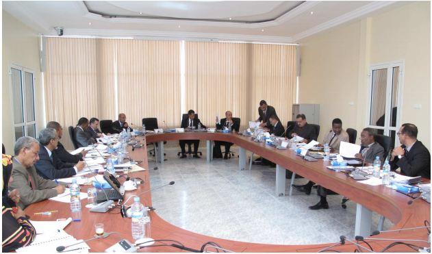 مجلس إدارة الشركة خلال اجتماع سابق في العاصمة الفرنسية باريس