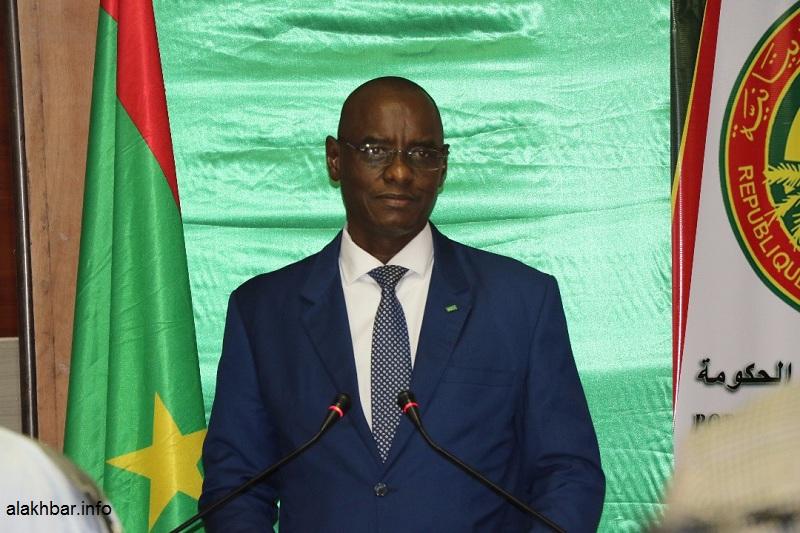 وزير التعليم الأساسي وإصلاح التهذيب الوطني آداما بوكار سوكو خلال مؤتمر صحفي سبتمبر الماضي (الأخبار)