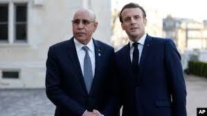 الرئيس الفرنسي إيمانويل ماكرون والرئيس الموريتاني محمد ولد الغزواني