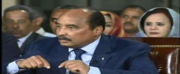 ولد امصبوع خلف ولد عبد العزيز خلال آخر مؤتمر صحفي له في السلطة ليلة 20 يونيو الماضي