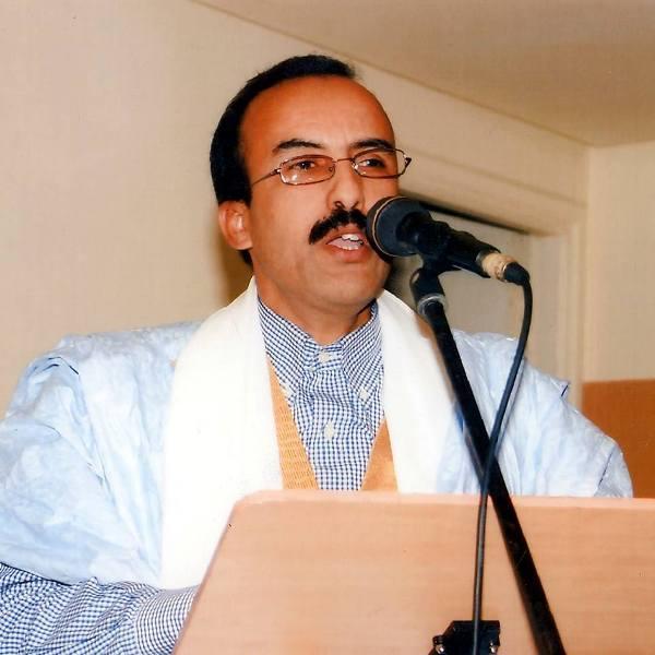 الشاعر الموريتاني ادي ولد آدب
