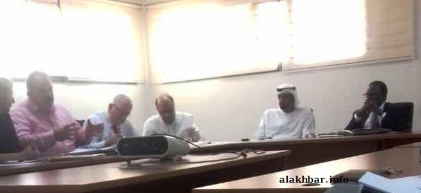 """وفد الشركة الإماراتية خلال اجتماعه مع عمال شركة """"مطارات موريتانيا"""" طلب منهم """"التكتم"""" على الاجتماع، وعلى تفاصيل الصفقة (الأخبار)"""